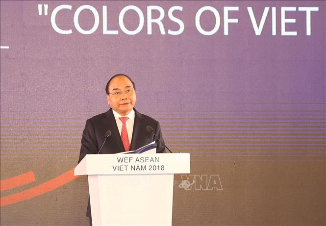 Photo: Prime Minister Nguyen Xuan Phuc speaks at the event. VNA Photo: Thống Nhất