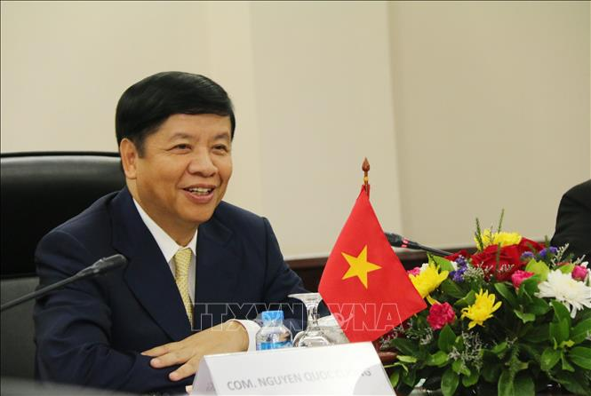 Photo: Deputy Foreign Minister Nguyen Quoc Cuong speaks at the working session. VNA Photo: Xuân Tú