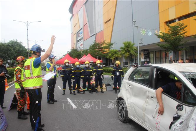 Vietnam joins int'l rescue competition in Malaysia - VNA