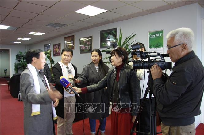 Photo: Ambassador Ngo Duc Manh gives a media interview. VNA Photo: Duy Trinh
