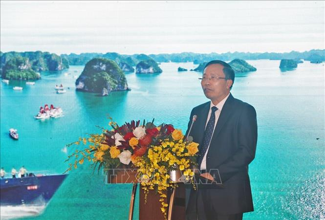 Photo: Vietnam's Customs Director-General Nguyen Van Can addresses the meeting. VNA Photo: Phạm Hậu