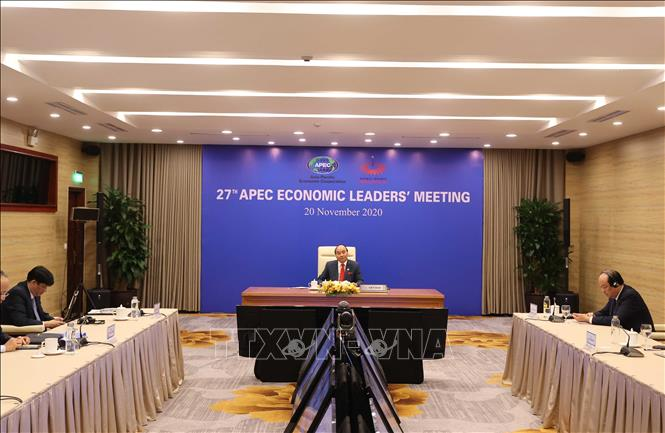 Photo: PM Nguyen Xuan Phuc speaks at the event. VNA Photo: Thống Nhất