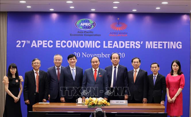Photo: PM Nguyen Xuan Phuc and the Vietnamese delegation take part in the event. VNA Photo: Thống Nhất