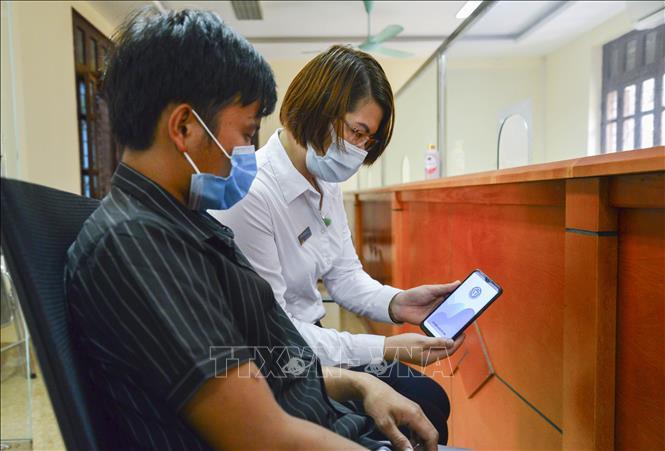 Bảo hiểm xã hội Điện Biên tăng cường tuyên truyền người dân sử dụng ứng dụng VssID - Ảnh thời sự trong nước - Văn hoá & Xã hội - Thông tấn